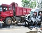 Đề nghị khởi tố tài xế xe khách vượt ẩu làm 4 người tử vong