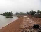 Mưa lớn kéo dài đe dọa nhiều công trình trọng điểm