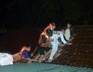 Bộ đội biên phòng cứu giúp người dân trong lũ dữ