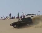 """Xem người Ảrập """"nghịch cát"""" cùng ôtô"""