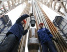 """Giá dầu giảm đang """"siết"""" kinh tế Nga tới mức nào?"""