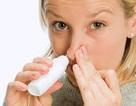 Có nên nhỏ mũi bằng nước muối sinh lý hàng ngày?