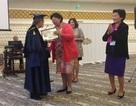 Một bác sĩ gốc Việt nổi danh khắp thế giới