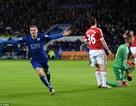 Vardy lập kỷ lục, Leicester chia điểm với Man Utd