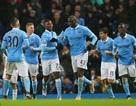 Yaya Toure giúp Man City thắng trận ở phút bù giờ