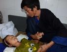 Xót thương 2 em bé dân tộc nguy kịch vì viêm màng não