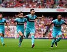 Arsenal bị West Ham vùi dập ngay ở Emirates