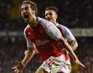 Flamini lập cú đúp, Arsenal loại á quân Tottenham