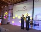 """Vietcombank nhận giải thưởng """"Ngân hàng bán lẻ tiêu biểu 2015"""""""