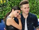 Selena Gomez tình tứ bên con trai Beckham