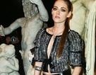 """Kristen Stewart táo bạo với áo không """"nội y"""""""