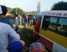 Kinh hoàng cướp xe buýt chạy loạn xạ trên đường