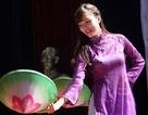 Tân sinh viên Nghệ - Tĩnh nhận học bổng mừng năm học mới