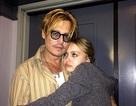 """""""Cướp biển"""" Johnny Depp thừa nhận """"lo sốt vó"""" vì con gái"""