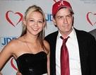 """Nhiễm HIV, Charlie Sheen vẫn được ca ngợi là """"người đàn ông tốt"""""""