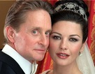 Vợ chồng Catherine Zeta-Jones hạnh phúc kỉ niệm 15 năm ngày cưới