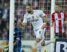 Benzema rực sáng giúp Real Madrid lên ngôi đầu La Liga