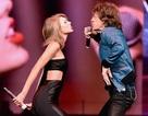 Taylor Swift kết hợp thú vị với Rocker