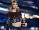 Taylor Swift thắng lớn tại lễ trao giải VMAs 2015
