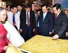 Thủ tướng dự Khai mạc Triển lãm Thành tựu Kinh tế - Xã hội