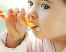 Những điều các bà mẹ buộc phải biết khi cho con ăn váng sữa