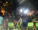 """Hà Nội: Hàng quán bủa vây """"phá nát"""" vỉa hè phố Hai Bà Trưng"""