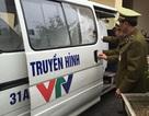 Ô tô biển xanh giả Đoàn làm phim truyền hình Việt Nam chở hàng lậu