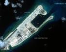 Tướng Trung Quốc ngang nhiên thăm đảo nhân tạo phi pháp ở Trường Sa