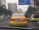 Ông chồng chịu chơi bao toàn bộ taxi trên phố để xin lỗi vợ