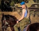 Vẻ đẹp hút hồn của các nữ binh sĩ Nga