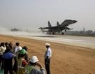 Xem tiêm kích Ấn Độ tập triển khai từ đường cao tốc
