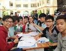 Khó cấm sinh viên bình luận dung tục
