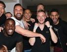Cầu thủ Leicester tụ hội tại nhà Vardy xem Tottenham đấu Chelsea