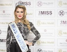 Hoa hậu Thế giới xinh như công chúa trong ngày ra mắt báo giới
