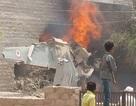 MiG-27 đâm xuống khu dân cư, bốc cháy ngùn ngụt