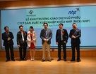 """Cú """"lướt sóng"""" kiếm triệu USD của chuyên gia Lê Xuân Nghĩa"""
