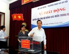 Phấn đấu ủng hộ người nghèo và đồng bào vùng lũ 5 tỉ đồng