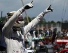 Giành pole, Hamilton có lợi thế trước Rosberg