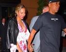 Beyonce nắm tay chồng dạo phố sau tin đồn bị chồng lừa dối