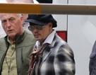 Johnny Depp lặng lẽ xuất hiện sau scandal ly dị vợ trẻ