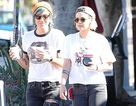 Kristen Stewart và bạn gái mặc đồ đôi đẹp mắt