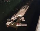 Trung Quốc: Xe buýt nổ lốp, lao xuống sông, 26 người chết