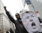 Bùng phát biểu tình phản đối Donald Trump tại New York