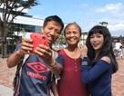 Sĩ Thanh gặp người Việt tại Nhật Bản