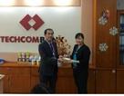 Nhiều khách hàng may mắn đã nhận lộc vàng đầu năm từ Techcombank