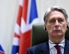 Tây Ban Nha cấm máy bay chở Ngoại trưởng Anh qua không phận