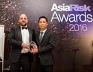 Ngân hàng Việt nhận giải thưởng ngân hàng xuất sắc của năm