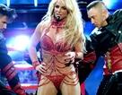 Britney bất ngờ khoe nội y trên thảm đỏ