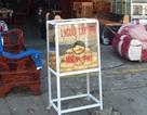 Thùng bánh mì miễn phí ở phố núi Kon Tum