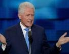 """Ông Bill Clinton bất ngờ """"nặng lời"""" với Tổng thống Obama"""
